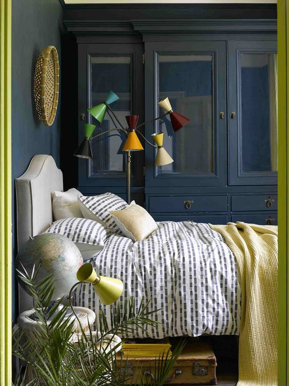 interior designer bedroom blue