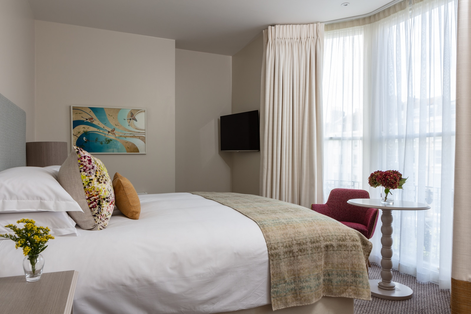 interior designer bedroom