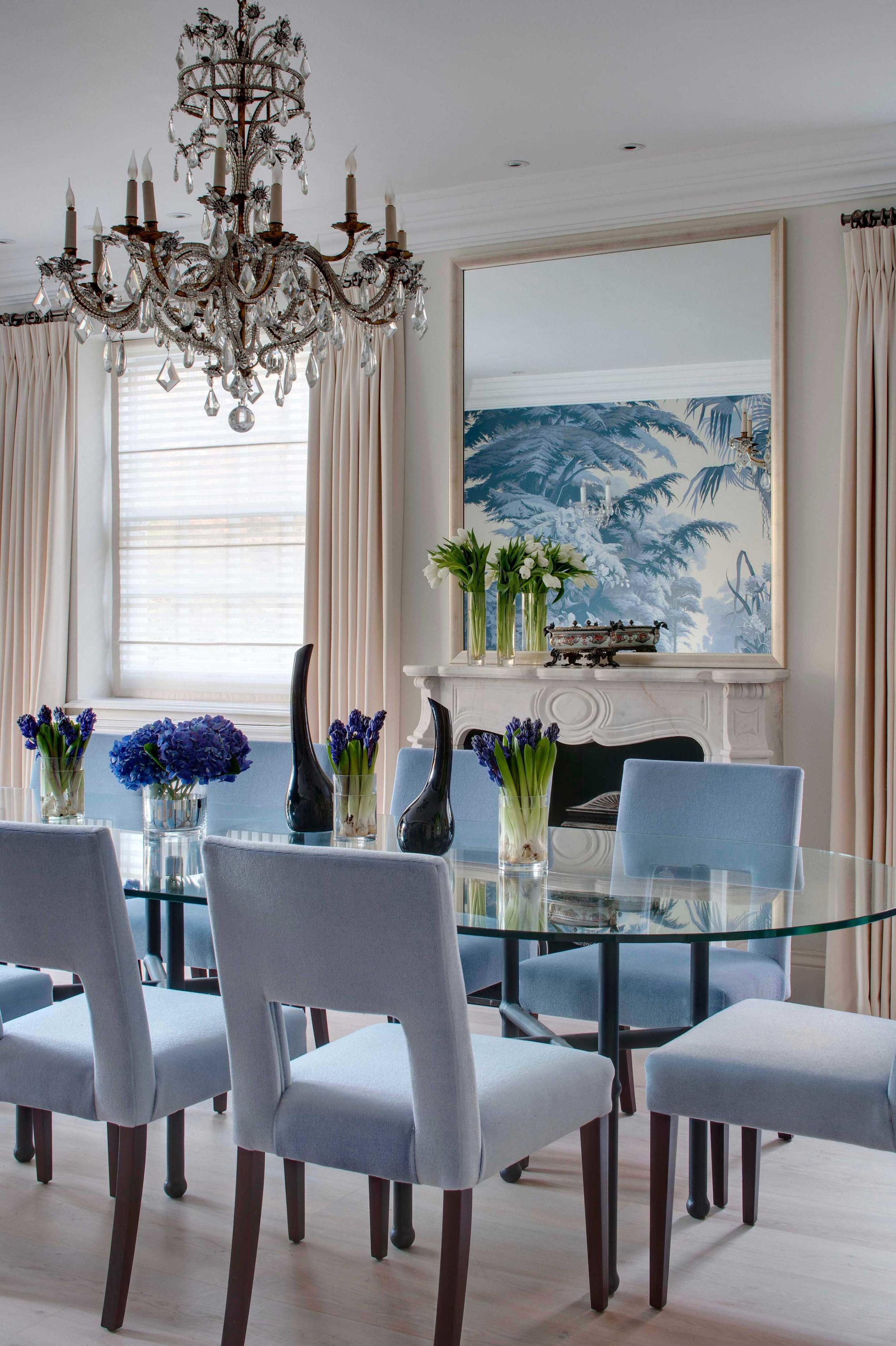 interior designer dining